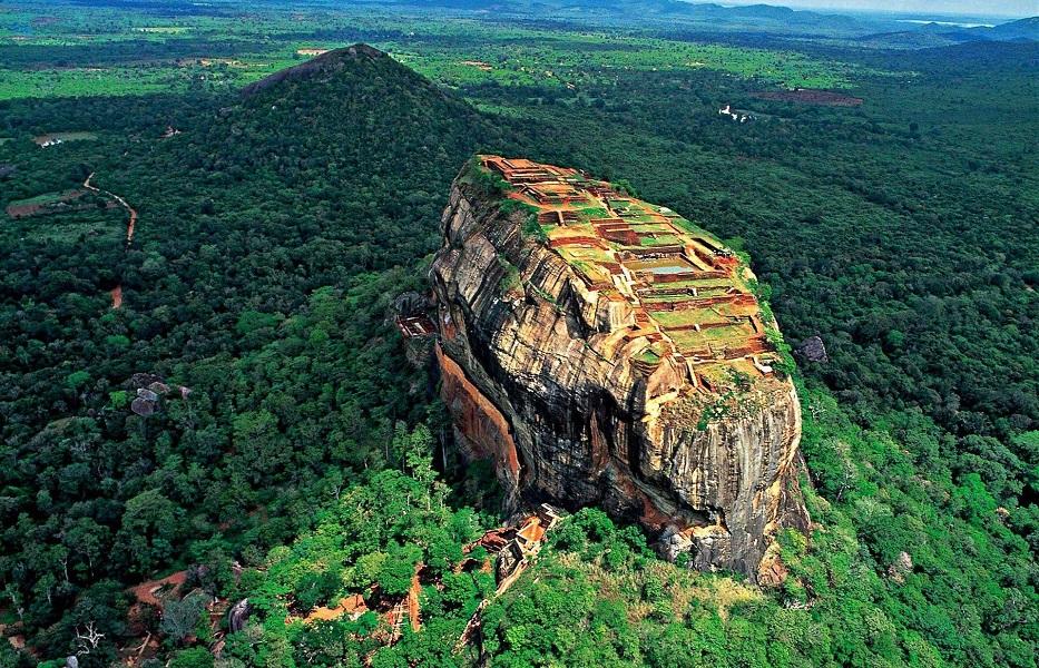Sri Lanka Rock Mountain